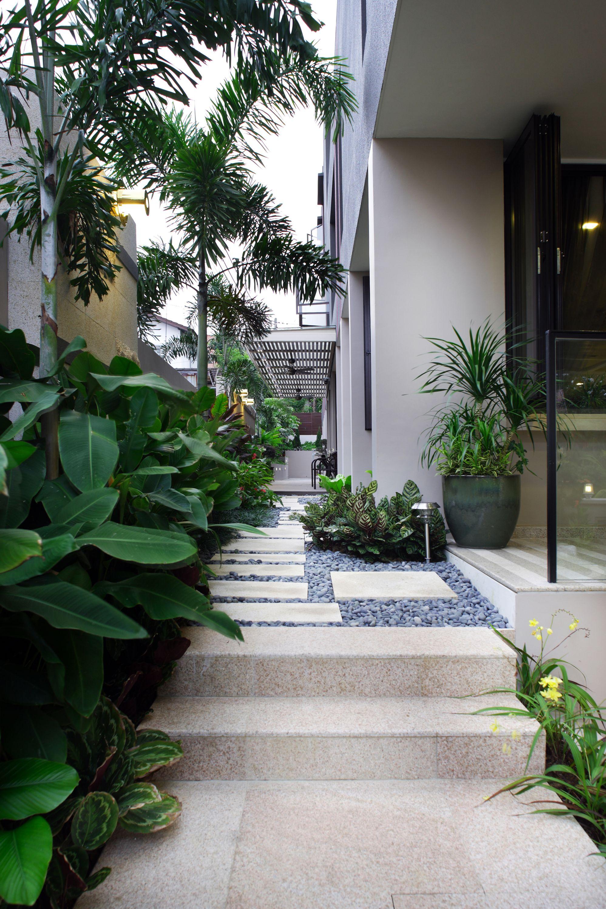 Semi-Detached ∙ Seragoon Garden